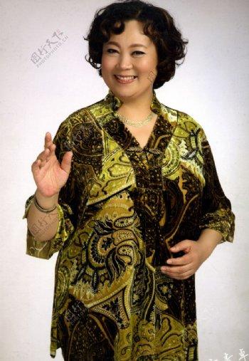 嘉时莉品牌形象大使方青卓著名影视表演艺术家人物图库明星偶像摄影图库600DPIJPG图片