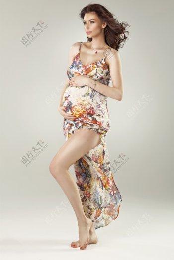 欧美美女孕妇照图片
