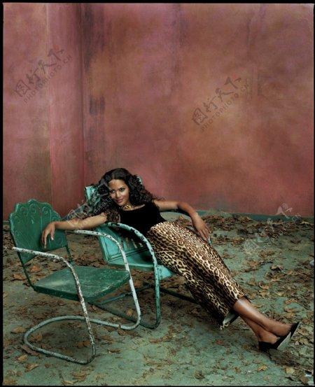黑人美女明星图片