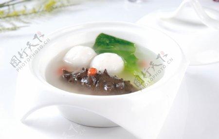 海参烩鱼丸