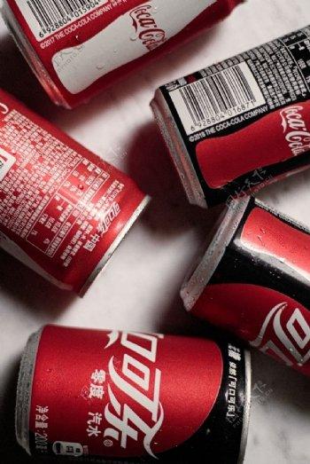 红罐可口可乐