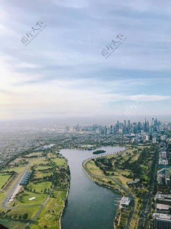 城市建筑河流天空蓝色背景素材