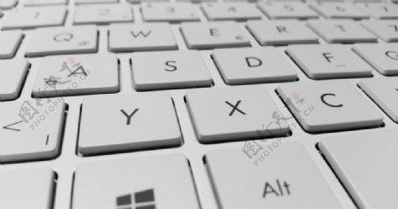 键盘图银色键盘图片