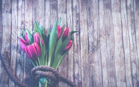 百合花木板背景图片