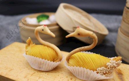 甜品天鹅酥榴莲酥广式点心图片