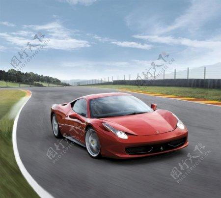 法拉利红色跑车图片
