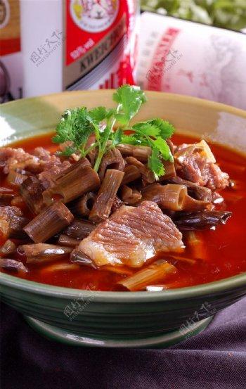 大竹笋烧牛肉图片
