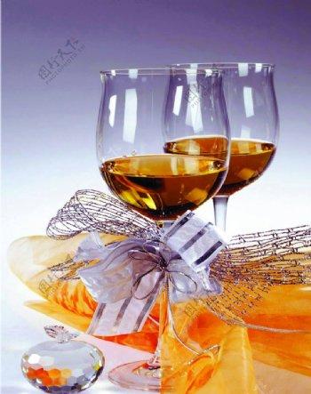 酒杯静物图片