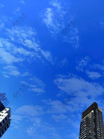 蓝天白云建筑图片