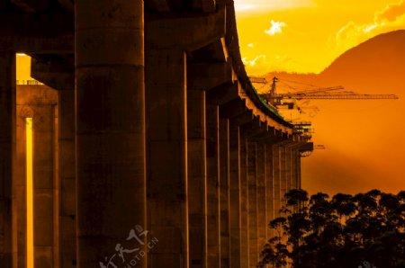 红石山大桥图片